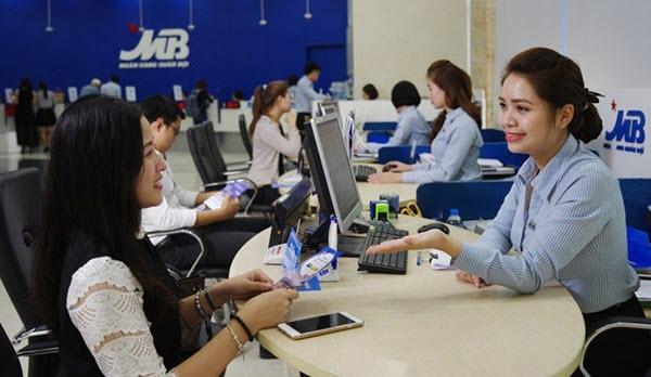 Phí rút tiền thẻ tín dụng MB Bank, chỉ từ 3% SỐ TIỀN giao dịch