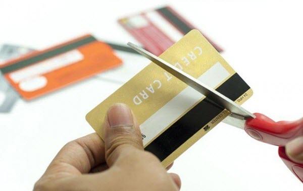 Cách hủy thẻ tín dụng Sacombank