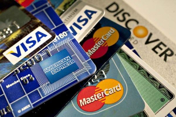 Có nên làm thẻ tín dụng Techcombank