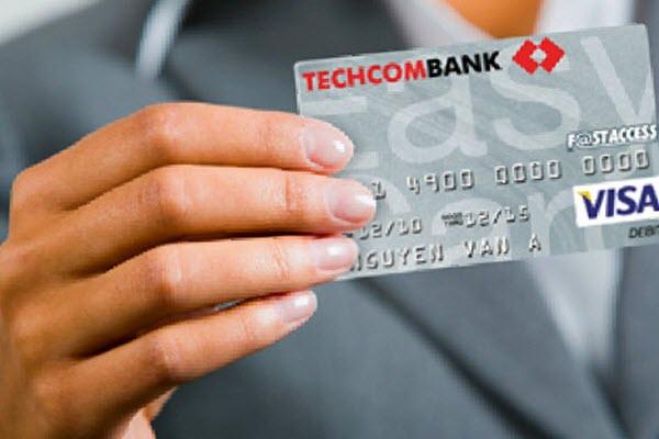 Thẻ tín dụng Techcombank có chuyển khoản được không