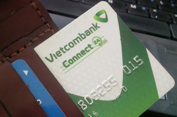 Vay tiền bằng thẻ tín dụng Vietcombank