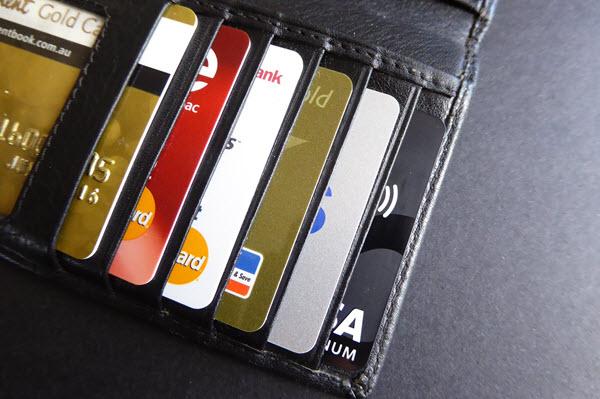 Vay tiền bằng thẻ tín dụng Vietinbank