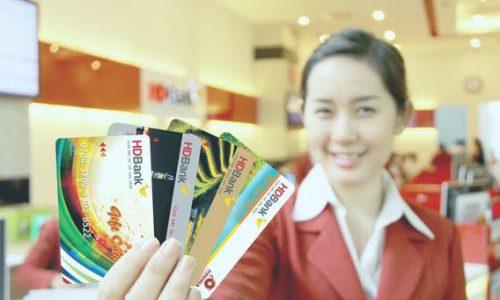 Thẻ tín dụng là gì? 4 điều cần biết khi bạn mở thẻ tín dụng