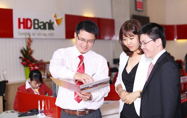 Phí trả chậm thẻ tín dụng HDBank, biểu phí rõ ràng
