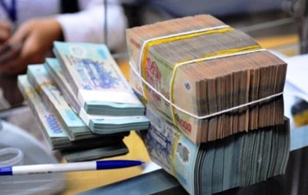 Phí trả chậm thẻ tín dụng HDBank