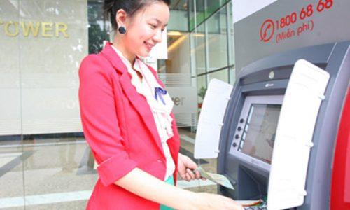 Thẻ tín dụng HD Bank có rút tiền được không – chi phí thế nào?