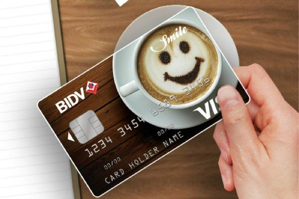 Làm thẻ BIDV Visa Smile để nhận hạn mức 200 triệu đồng, lãi suất 12%