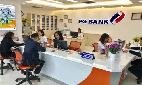 Mở thẻ ghi nợ Flexicard PG Bank; lãi suất hấp dẫn, miễn phí giao dịch qua ATM