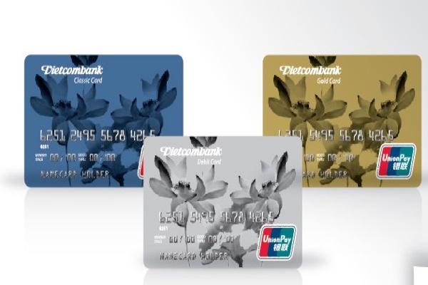 Thẻ ghi nợ quốc tế Vietcombank Unionpay; thanh toán linh hoạt, hưởng lãi không kỳ hạn