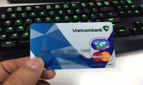 Mở thẻ Vietcombank Mastercard, miễn lãi 45 ngày, trả góp lãi suất 0%
