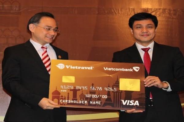 Hình ảnh lễ ra mắt thẻ tín dụng quốc tế đồng thương hiệu Vietcombank - Vietravel Visa