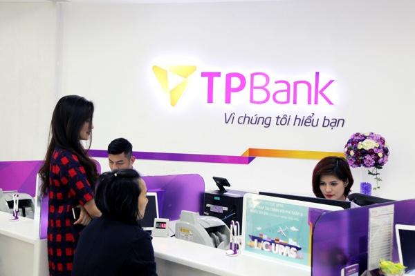 Thẻ tín dụng TPBank World MasterCard Club Privé; tích điểm đổi quà, giảm 50% dịch vụ