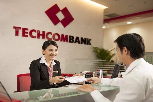 Thẻ Vietnam Airlines Techcombank Visa Gold; miễn phí phát hành, hạn mức 40 triệu/ngày