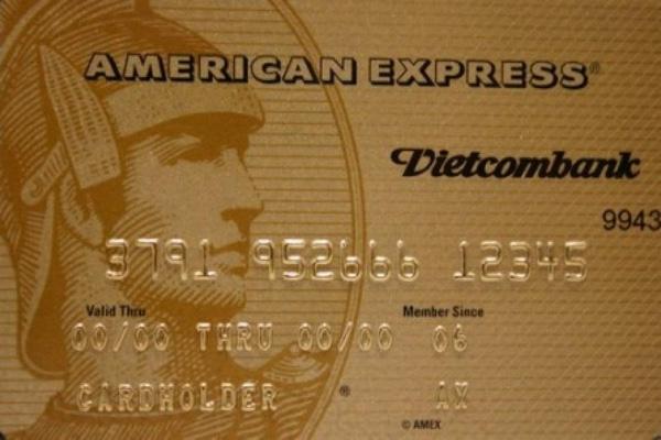 Đăng ký thẻ Vietcombank American Express; miễn lãi 50 ngày, bảo hiểm 105.000.000 VNĐ