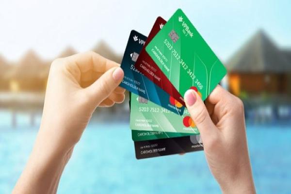 Thẻ tín dụng Mastercard MC2 VP Bank; tích điểm đổi quà, hạn mức 70 triệu
